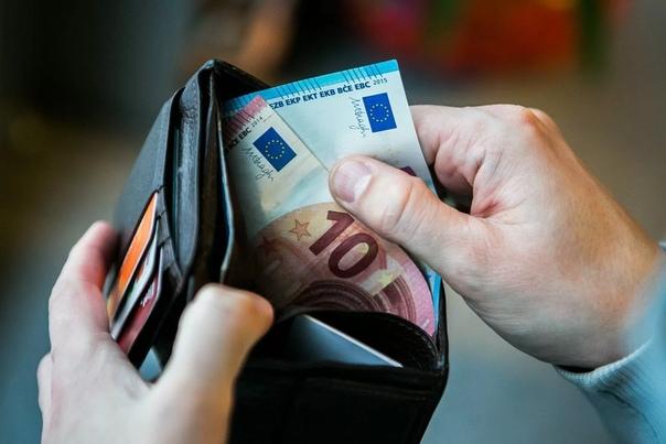Какая средняя зарплата в Литве