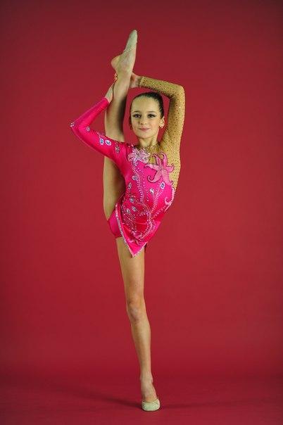 для художественной гимнастики фото смотреть бесплатно купальники для художественной гимнастики фото смотреть бесплатно