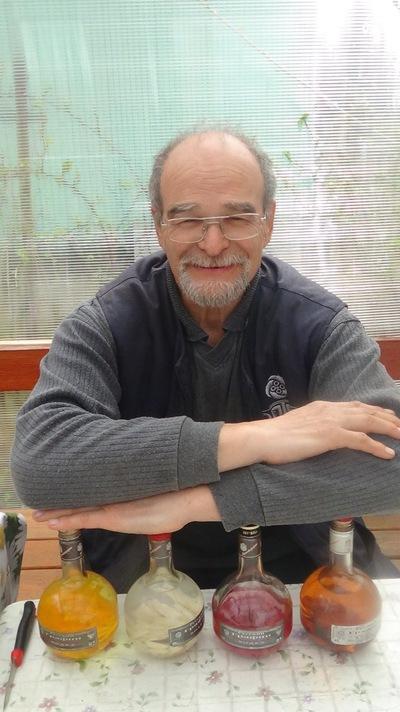 Юрий Рябов