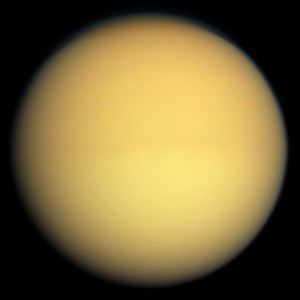 Титан в натуральных цветах