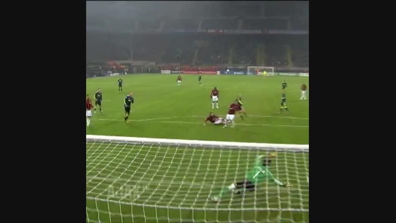 On This Day, 2️0️1️0️! AC Milan - Ajax 0-2