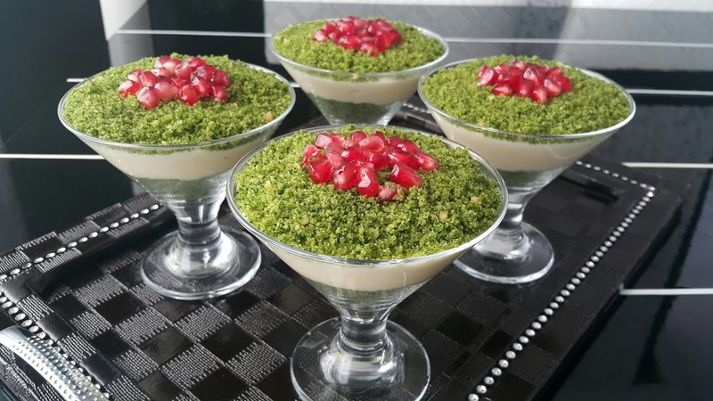 Турецкий десерт Зюмрут с заварным кремом, шпинатной бисквитной крошкой ZÜMRÜT TATLISI👌 GÜN MASANIZIN YILDIZI OLACAK MÜKEMMEL BİR LEZZET🔝