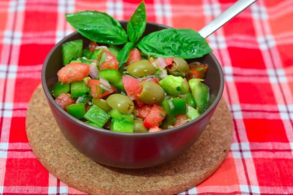 «Салат из помидоров»