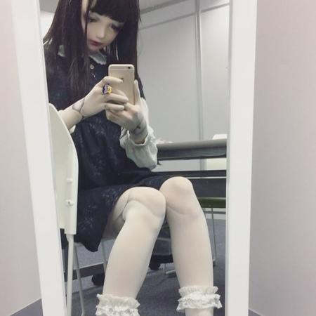 "Lulu hashimoto 橋本ルル on Instagram ""今日の橋本ルルちゃん。ドールに見えますが動きます"