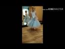голубое платье с двухъярусной юбкой