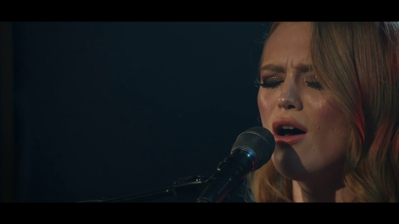 Freya Ridings - Lost Without You (Live at Union Chapel)
