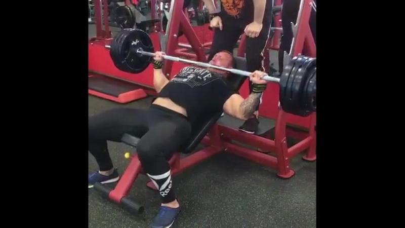 Тимур Низамиев, жим под наклоном 130 кг на 6 раз. FLEX GYM.