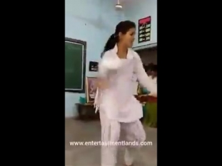 School girl hot dance - Hindi Song