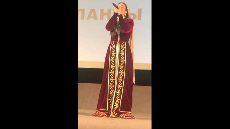 Красивый голос Тиана Рекордс