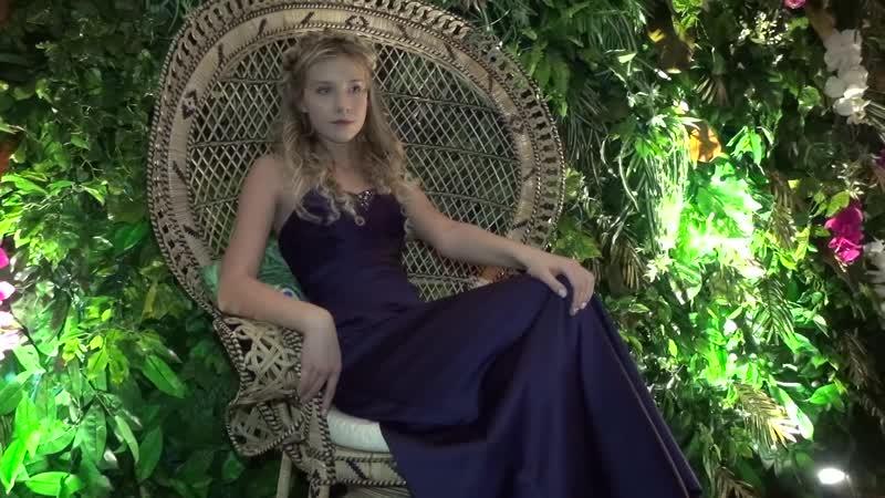 Выпускница школы моделей агентства Linda - Валерия.