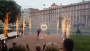 Красное сердце и золотые фонтаны на свадьбу