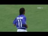 Гол Роналдиньо в ворота Англии на ЧМ-2002