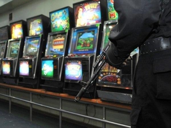 Прокуратура Таганрога пресекла деятельность трех подпольных клубов с игровыми автоматами