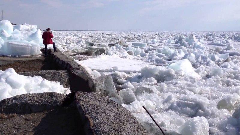 Дудинка. Ледоход на Енисее. Красивое зрелище! Ice floating on the Yenisei!