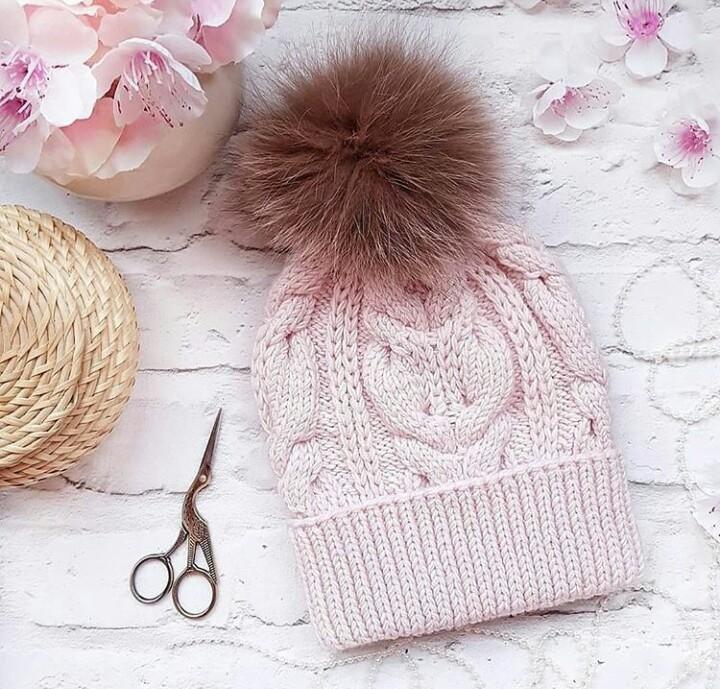 Новая шапочка для себя любимой. Много вариантов — выбираем и вяжем спицами