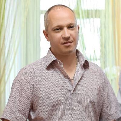 Денис Аминев
