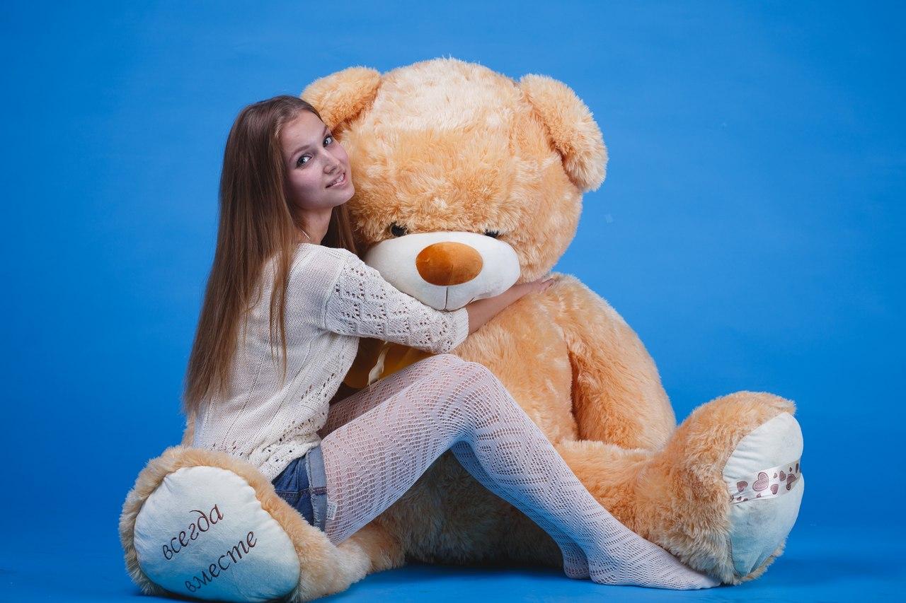 Фото как девушка трахается с плющевым медведем 25 фотография