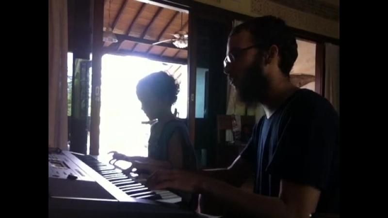 Уроки музыки с Прохором Тига добрые зомби