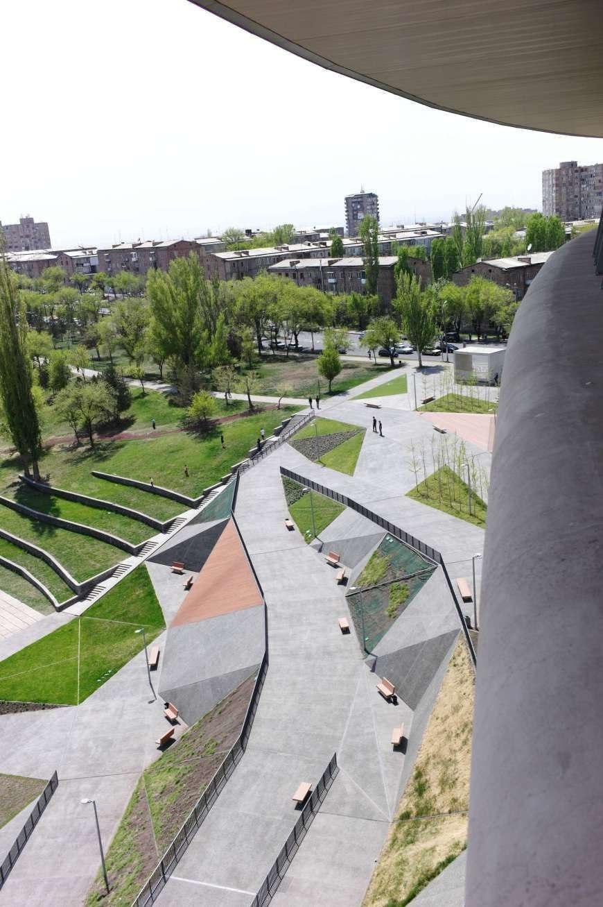 street design에 있는 А7ann님의 핀 조경설계, 친환경 건축, 도시 디자인