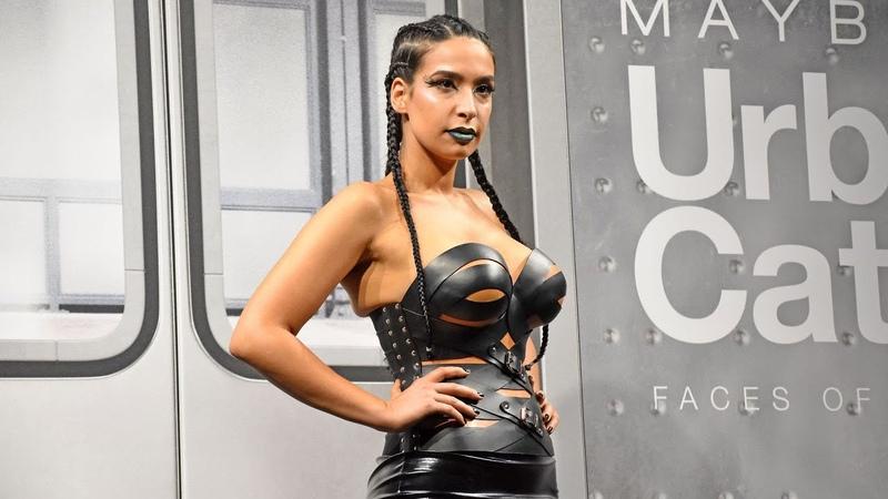 Unfassbar heiß: Curvy-Model Lamiya Slimani rockt Catwalk!