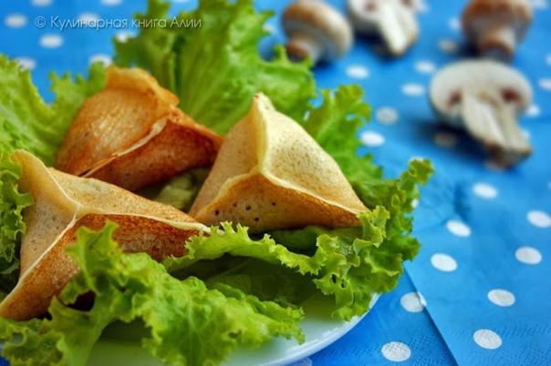 Блинчики с грибами и сыром.