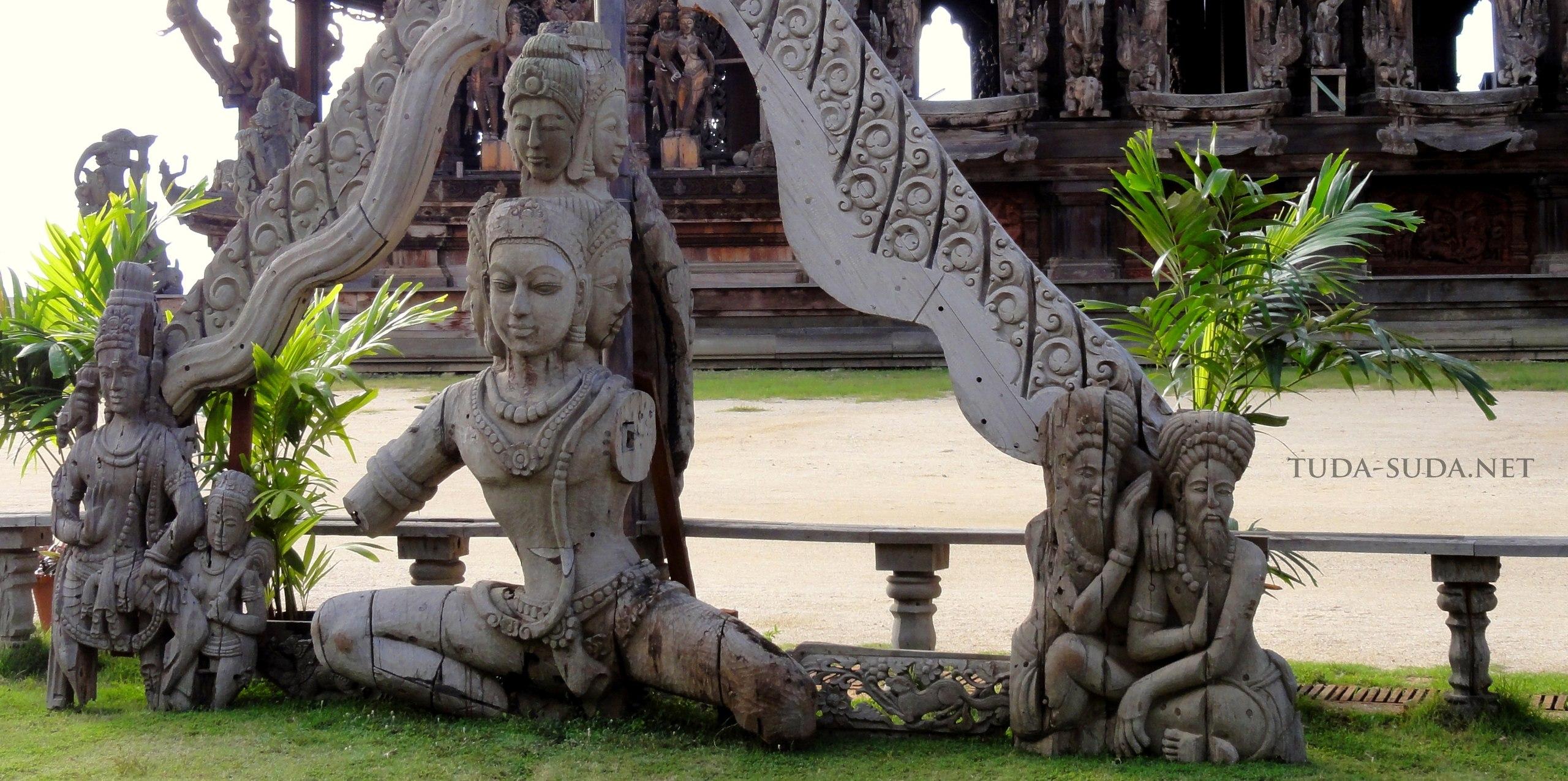 Фото Храм Истины  в Тайланде