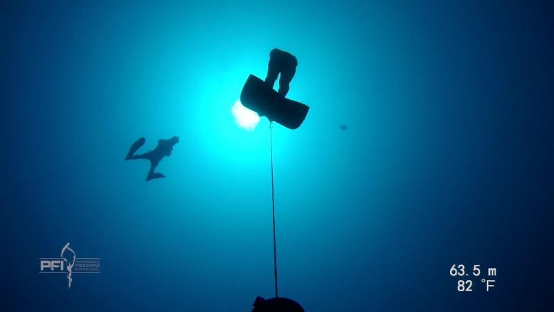 Новый национальный рекорд Каймановых островов по фридайвингу в дисциплине CWT. Снято на Paralenz!