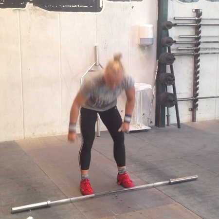 """Weightlifting 101 on Instagram: """"Snatch Grip Behind The Neck Thrusters. Great for warm-up and nasty in workouts. weightlifting101 europeiscomin..."""