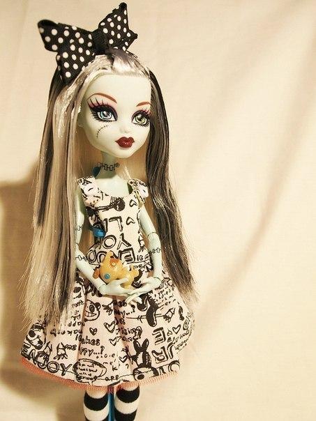 Как сделать платья для кукол эвер афтер хай своими руками фото 887