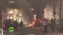 Gewalt Wut und Chaos bei ersten Gelbwesten Protesten nach Brand von Notre Dame