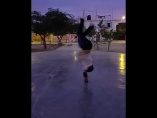 instagram @bboy_alexis_peru