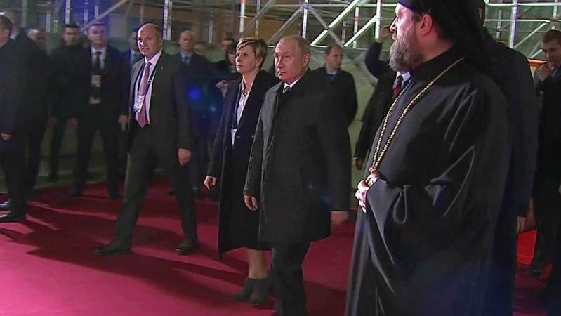 Владимир Путин посетил храм Cвятого Саввы вБелграде. Новости. Первый канал