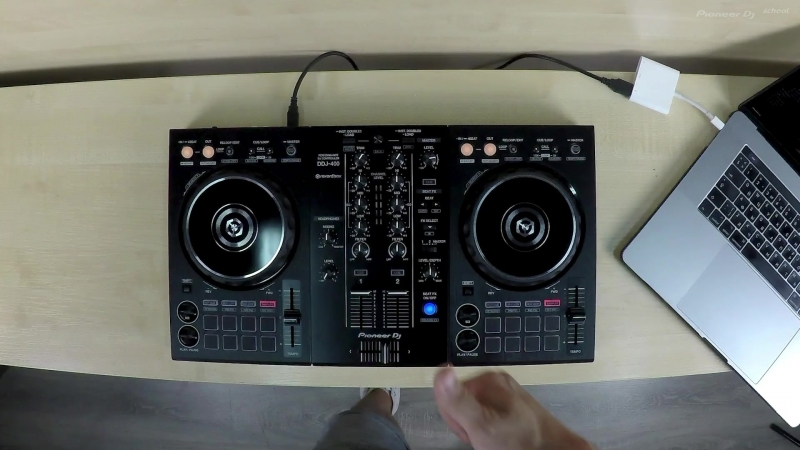 Unboxing Midi-контроллера DDJ-400 @ Pioneer DJ School   Moscow