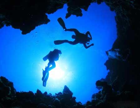 Около 500 человек погибли при участии в пещерных погружениях с 1960 года.