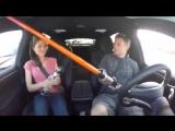 семейная поездка на автопилоте tesla с автопилотом