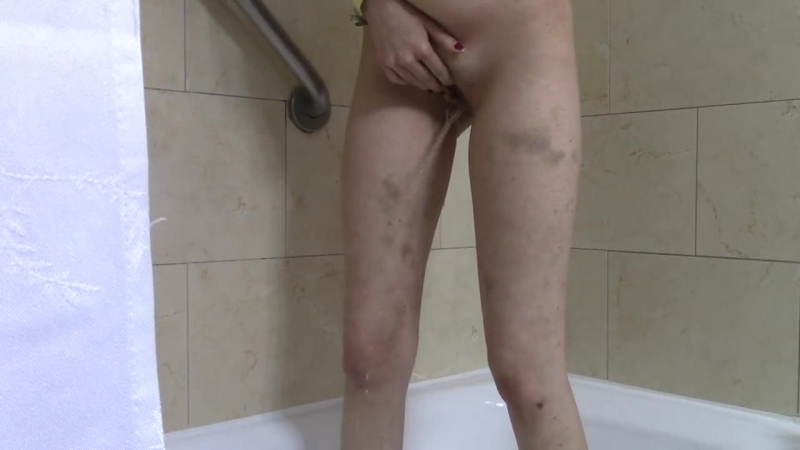 Pissing in the tub