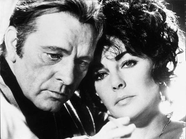 РИЧАРД БАРТОН (19251984) И ЕГО КЛЕОПАТРА. Настоящее имя Ричард Дженкинс. Актер театра и кино. Снимался в фильмах «Клеопатра» (1963), «Беккет» (1964), «Шпион приходит с холода» (1965), «Кто