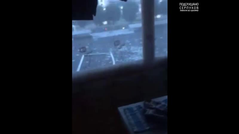 Ураган вырвал балконное окно на ул Ворошилова 131 1