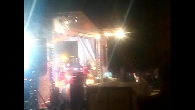 звезда универа Стас Ярушин в Челябинске на день города песня хор