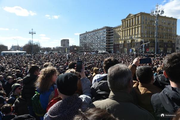 Точно не известно, сколько людей приняли участие в митингах: организаторы и участники оценивали количество собравшихся в 20 000 человек, ГУ МВД по Москве  в 7-8 тысяч