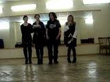 Я УГОРАЮ БЛИН!!! ))))  Женя Цой. Вот что делают ученики по вокалу, пока преподаватель не видит