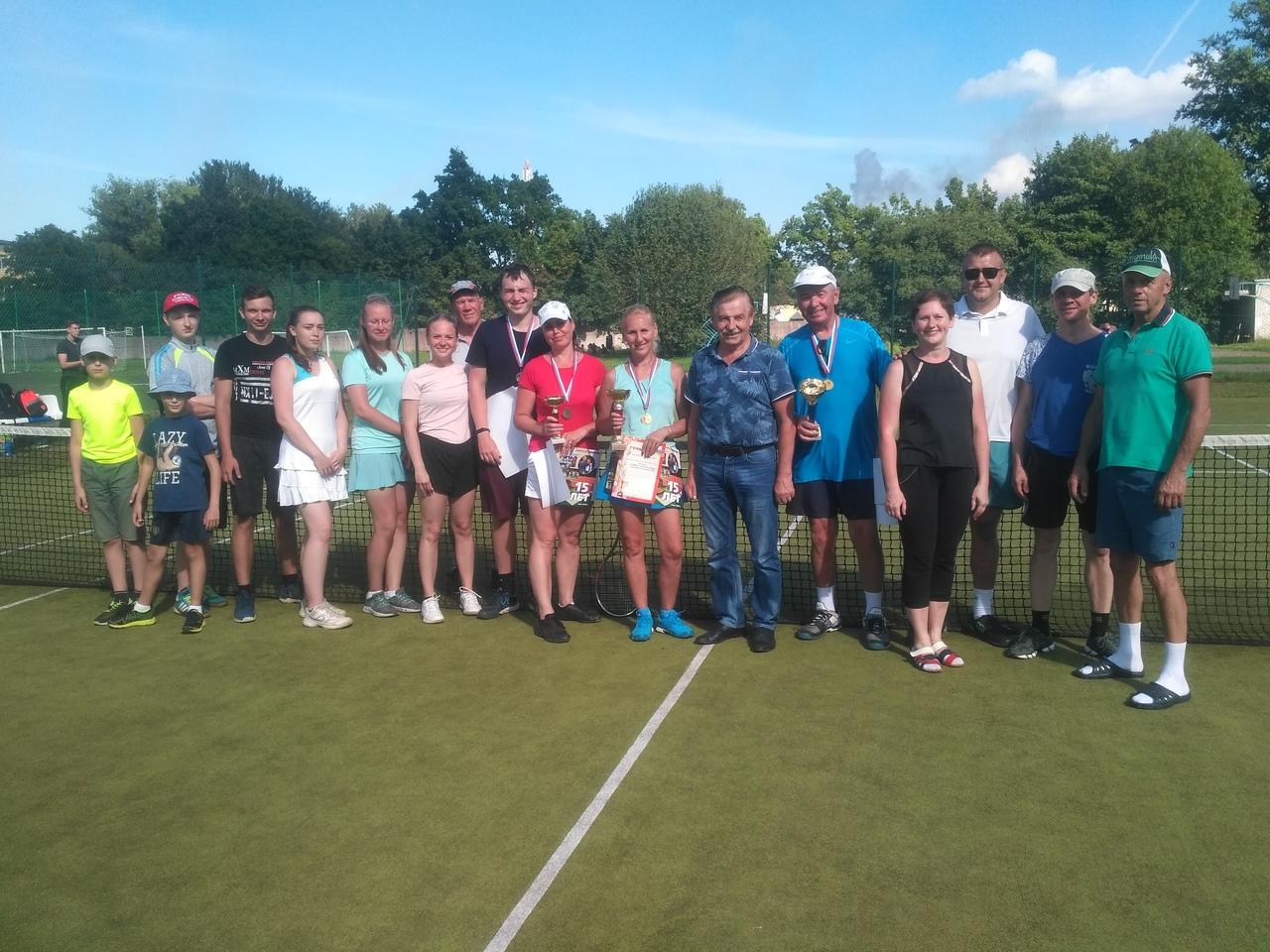 8 августа 2020 года на стадионе «Металлург» прошел городской парный теннисный ту...