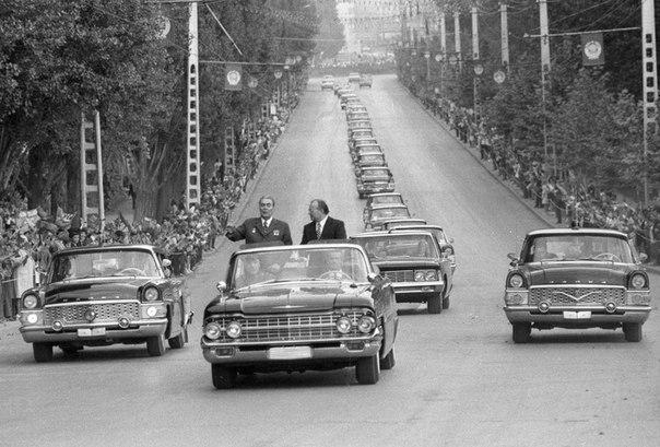 Кортеж Леонида Ильича Брежнева, 1974 год.