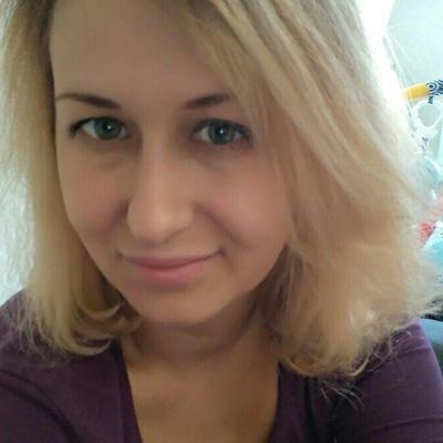 Анна Олефир
