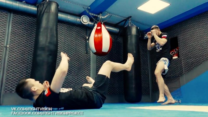 Прямой удар ногой для блокирования атаки (муай тай)   Александр Саночкин