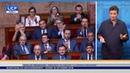 Jean Luc Mélenchon soutenu et applaudi par Marine Le Pen