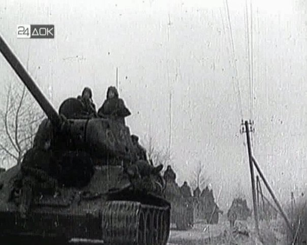 Т-34-85 № 386 (кадр кинохроники)