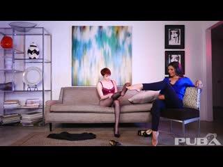 Kayla jane danger and bree daniels - hypnotized feet worshipping [footfetish]