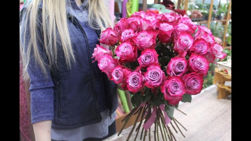 Сбор букета из 33 роз