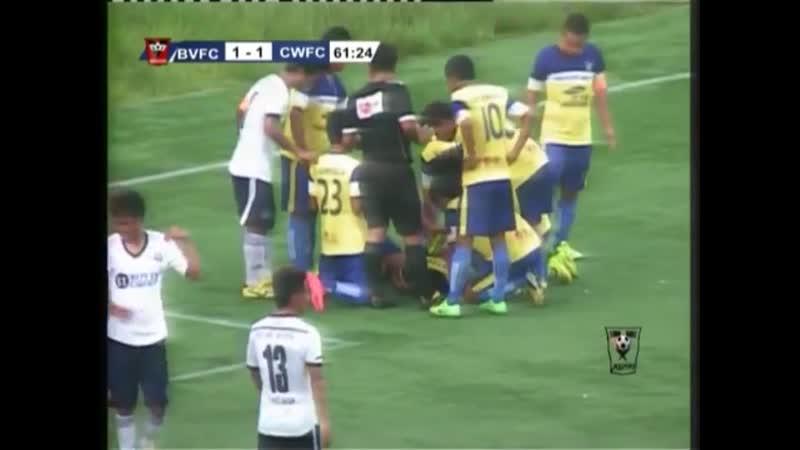 Ужасные смерти на футбольных полях во время матчей ! ...